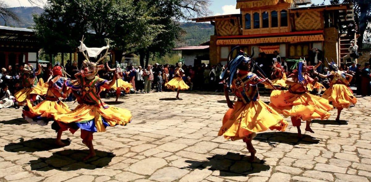 bhutan dancers