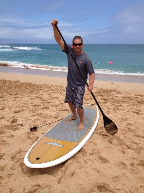 adventure travel paddle boarding maui
