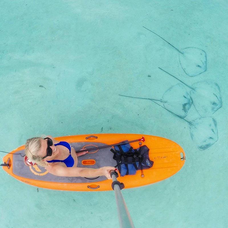 paddle boarding moorea