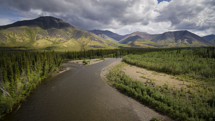 Scenery along the isolated Dempster Highway