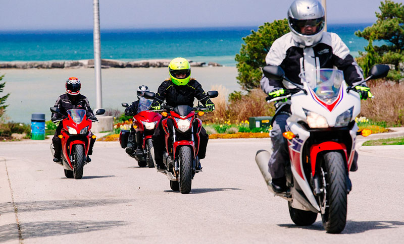 motorcycle group ride racing