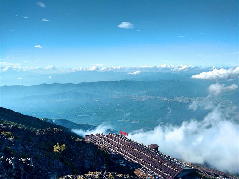 mount fuji tour above the clouds
