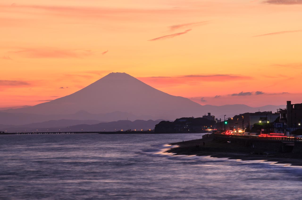 mount fuji sunset kamakura