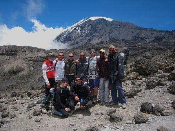 climbing party mount kilimanjaro