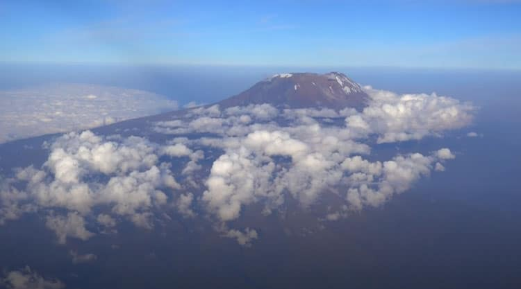 mount kilimanjaro view from airplane