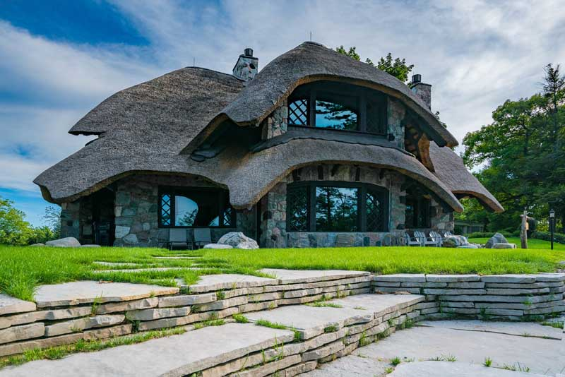Mushroom House Charlevoix #1