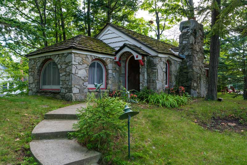 Mushroom Houses Charlevoix house - Abide