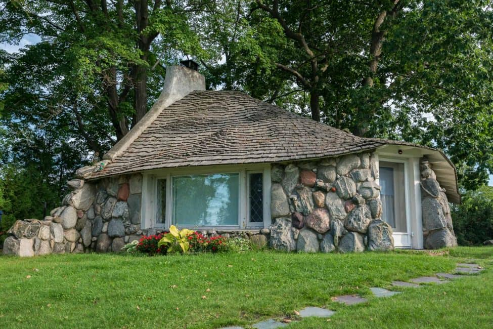 Mushroom Houses of Charlevoix – All Hobbits Welcome