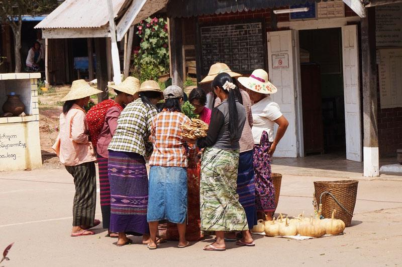 myanmar group train