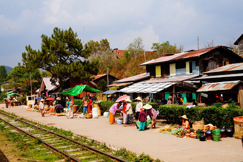 myanmar markets
