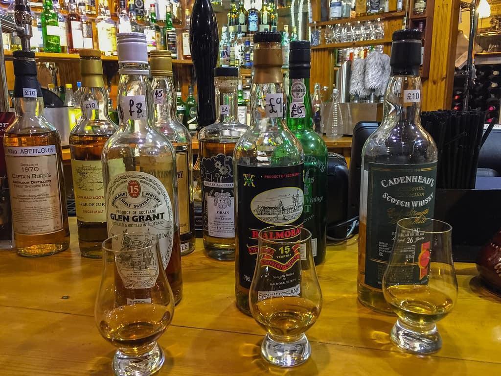 dornoch castle whisky bar