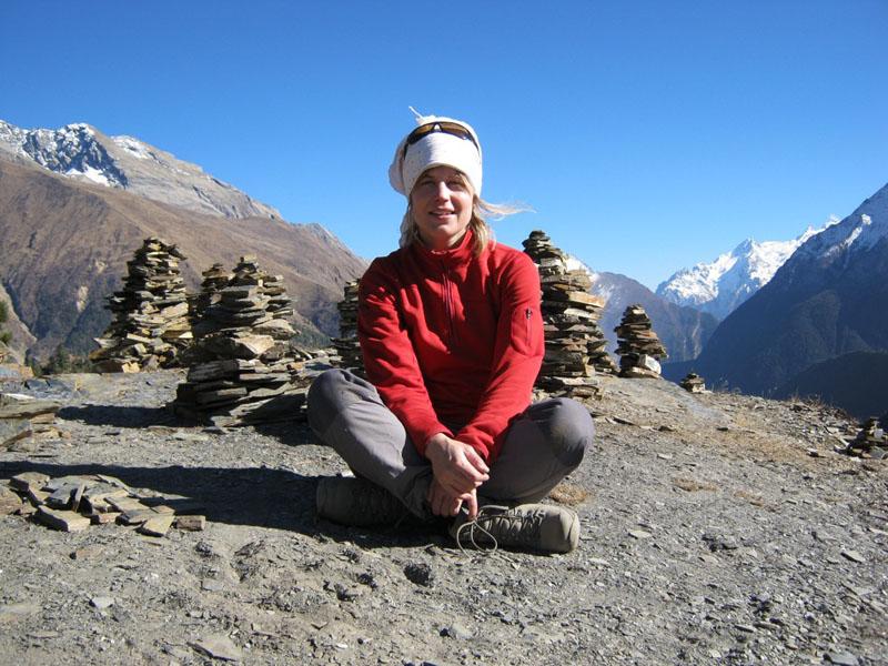 meditating nepal