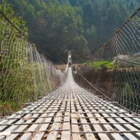 nepal-suspension-bridge-everest (1)