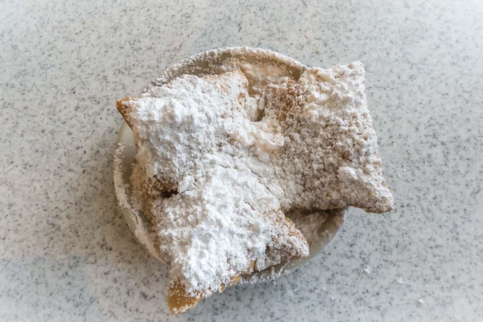 new orleans itinerary breakfast beignet