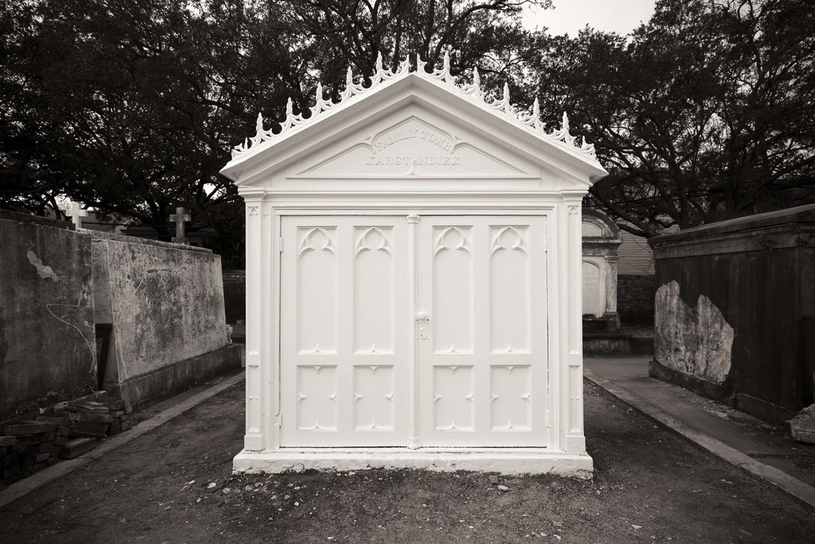 lafayette cemetery interview with the vampire tomb new orleans