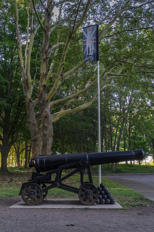 niagara falls road trip canon