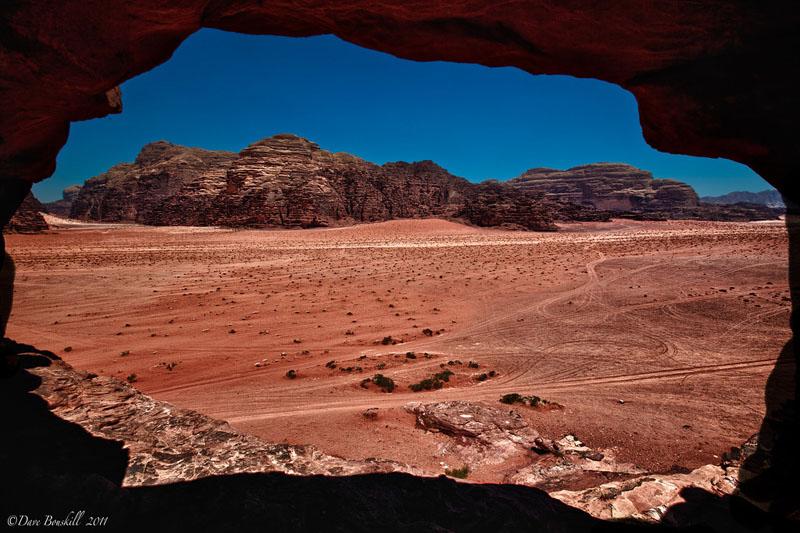 wadi rum nomadic cave