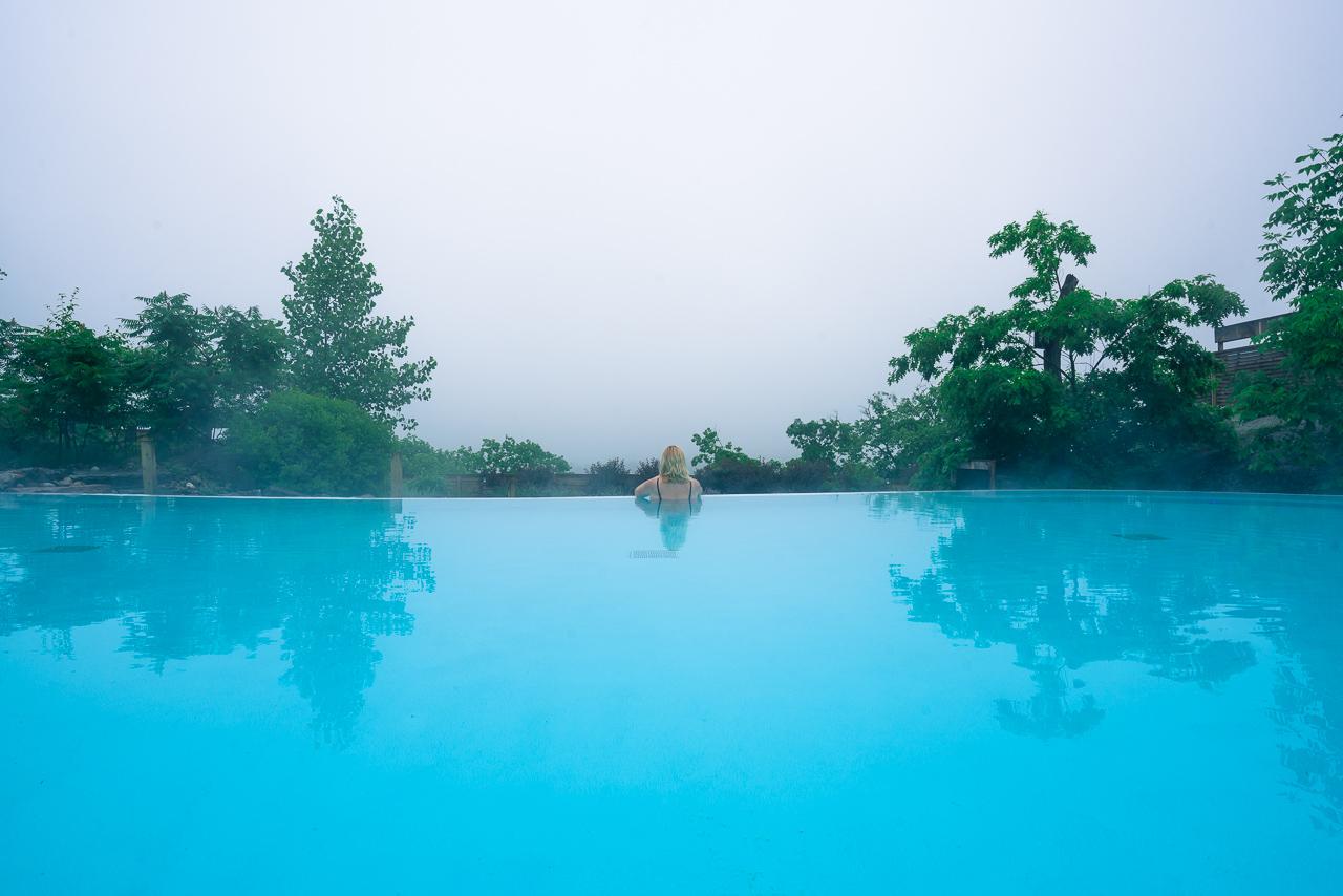 Nordik Spa Ottawa Infinity Pool