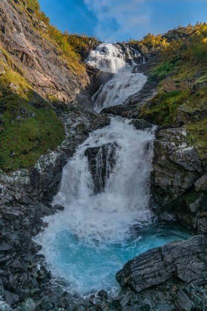 kjosfossen waterfall flam railway stop