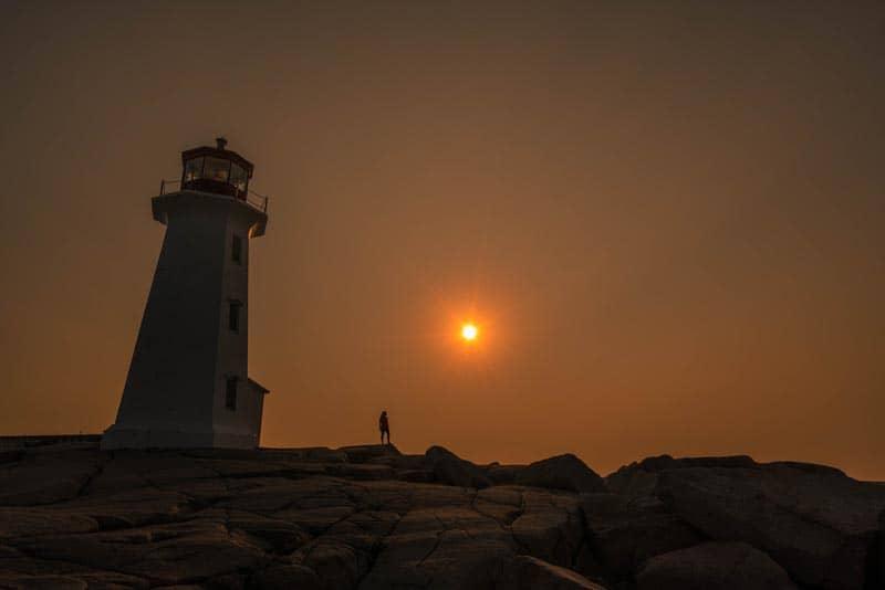 sunrise peggy's cove lighthouse