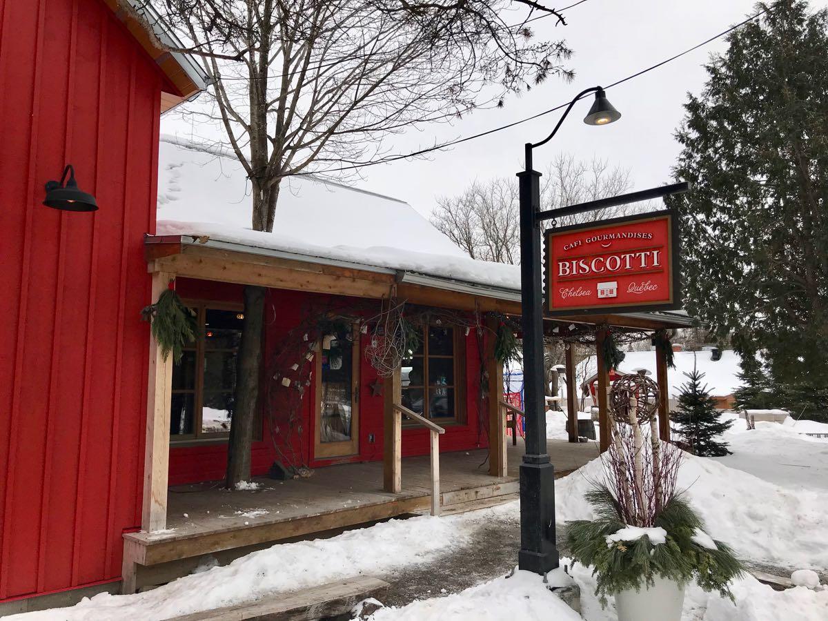 Old Chelsea Pub Ottawa Winter Activites