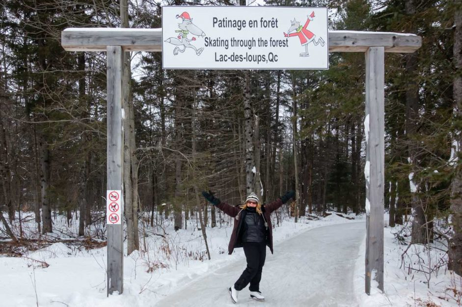 Ottawa Winter Activities Patinage en Foret