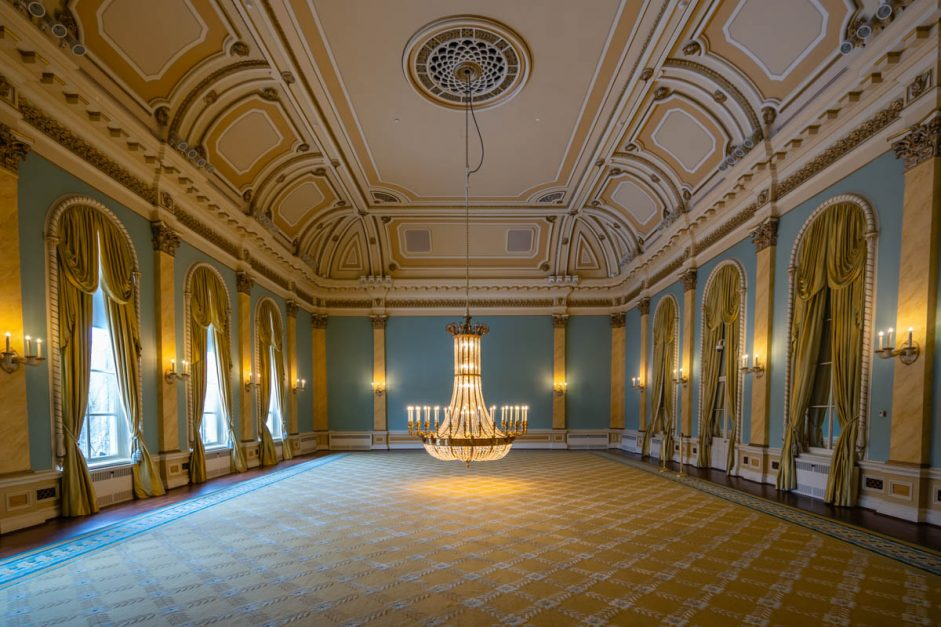 Ball room in Rideau Hall ottawa activities