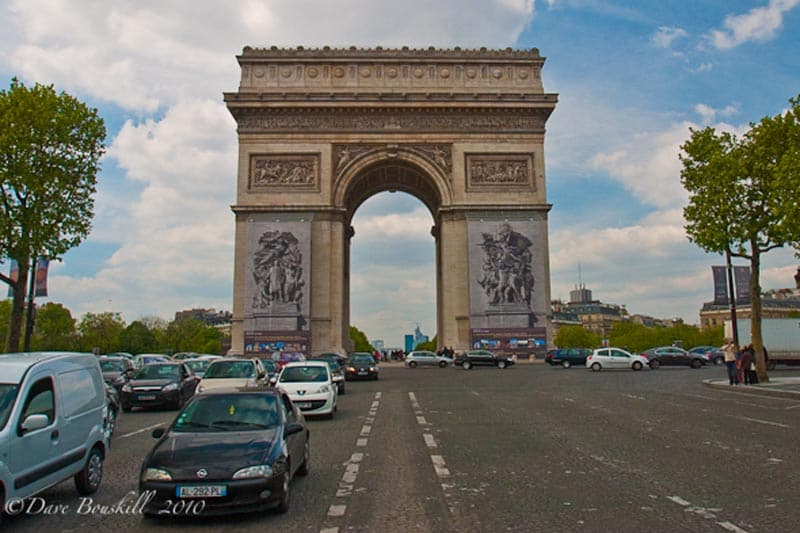 Paris on a Budget - enjoy the free sites like Arc du Triomphe