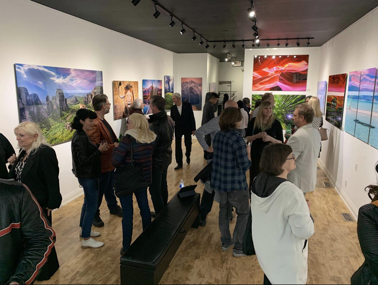Fine Art Photography Exhibition Closing Gala – Mountains to the Sea