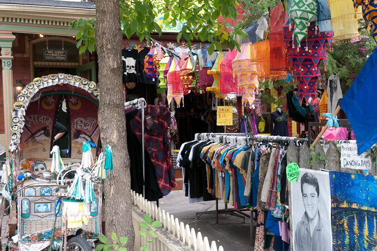 photography tour kensington market clothes