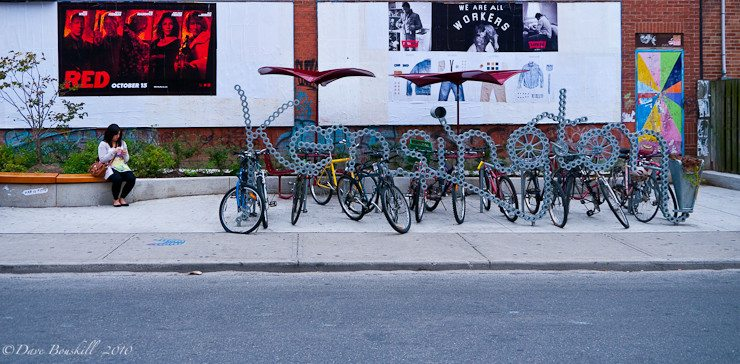 photography tour kensington market bikes