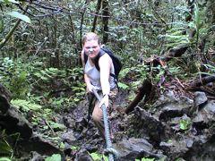 deb climbing borneo