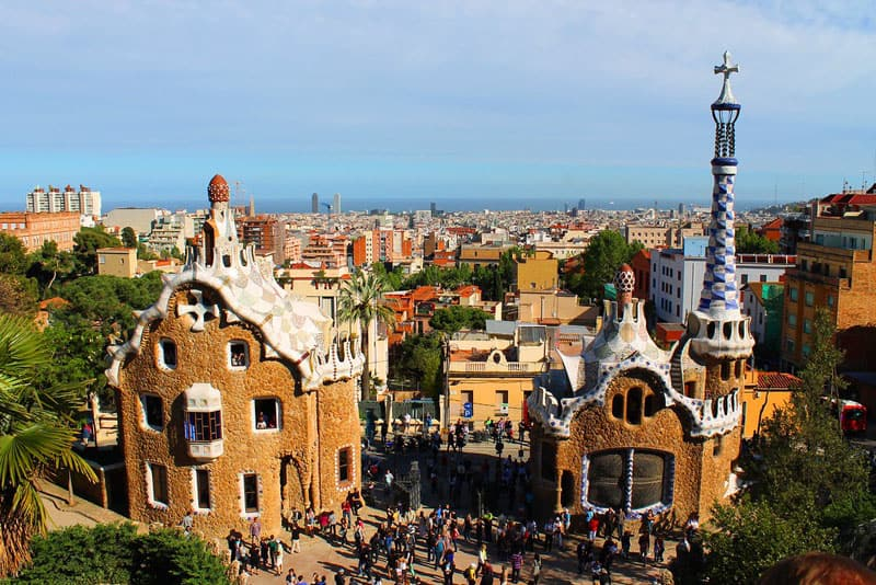 places to see in barcelona park guell