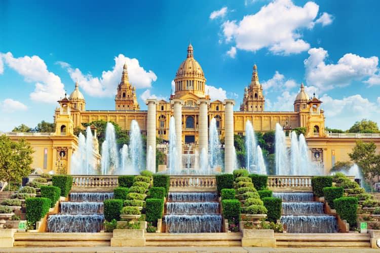 barcelona places to visit national musuem