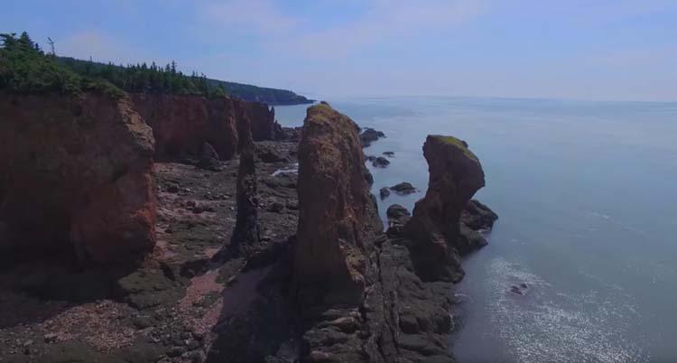 посетить Канаду | три сестры 41 знаковых мест для посещения в Канаде 41 знаковых мест для посещения в Канаде places to visit in canada three sisters