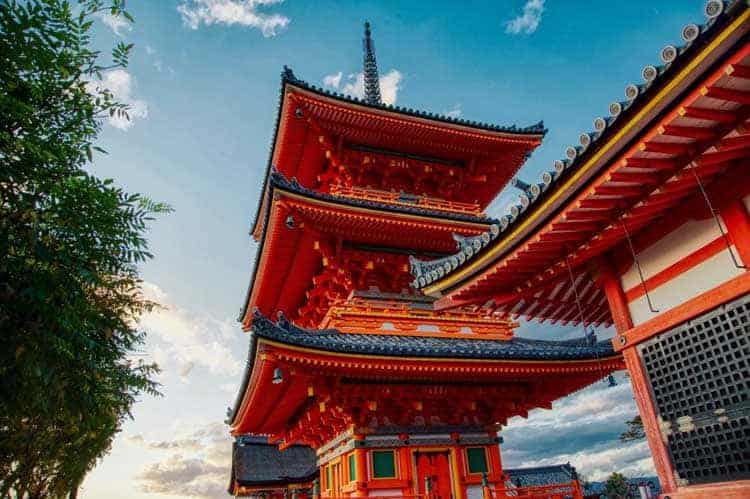 where to visit in kyoto | kiyomizu dera temple