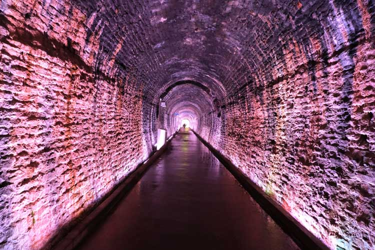 instagram worthy places to visit in ontario | brockville tunnel