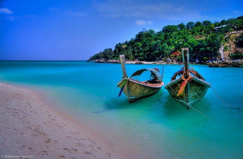 plan your dream trip Thailand boats