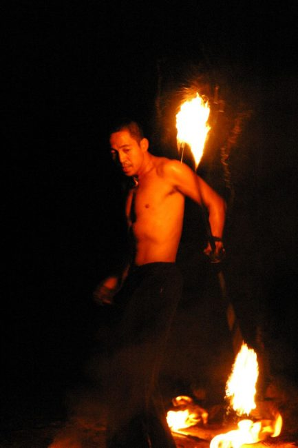 poi dancer spinning fire