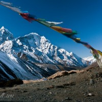 prayer flags in everest region