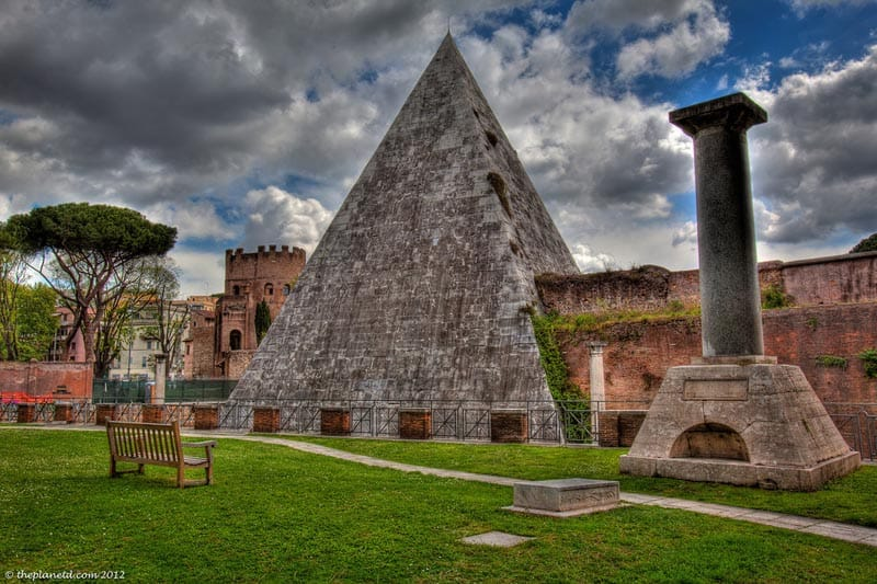 protestant cemetery rome pyramids