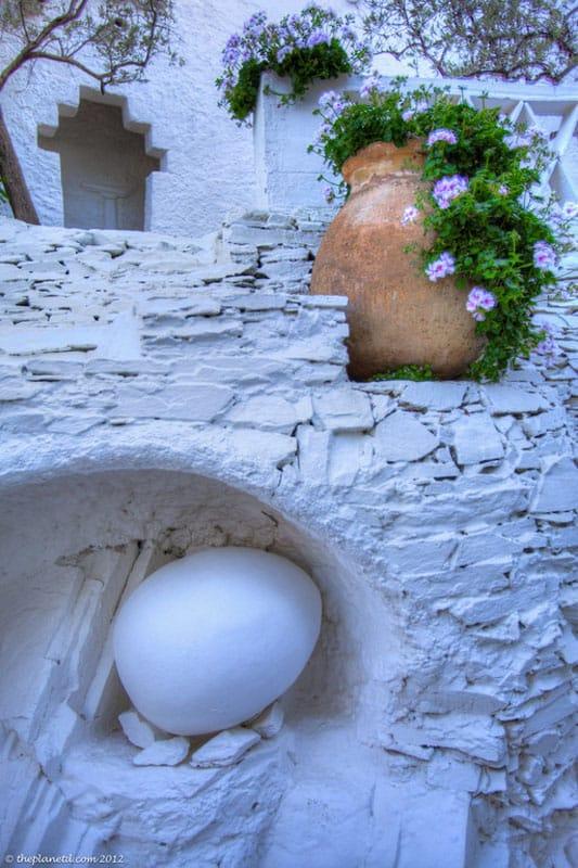 pyrenees photos flower pot