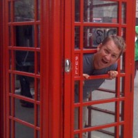 red-phone-booth-london-england