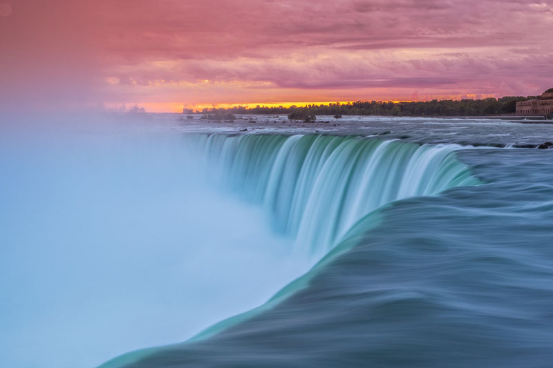 Romance in Niagara Falls, Ontario's Best Weekend Getaway