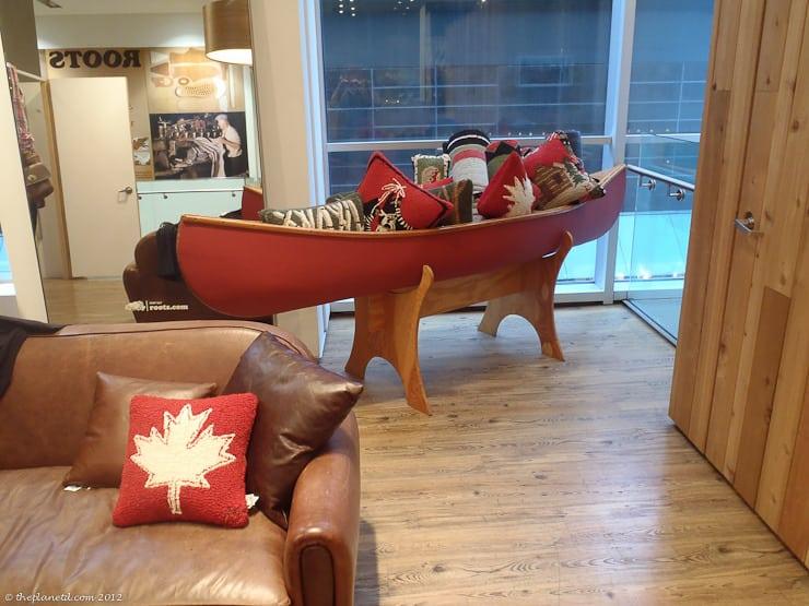 roots canada shopping canoe