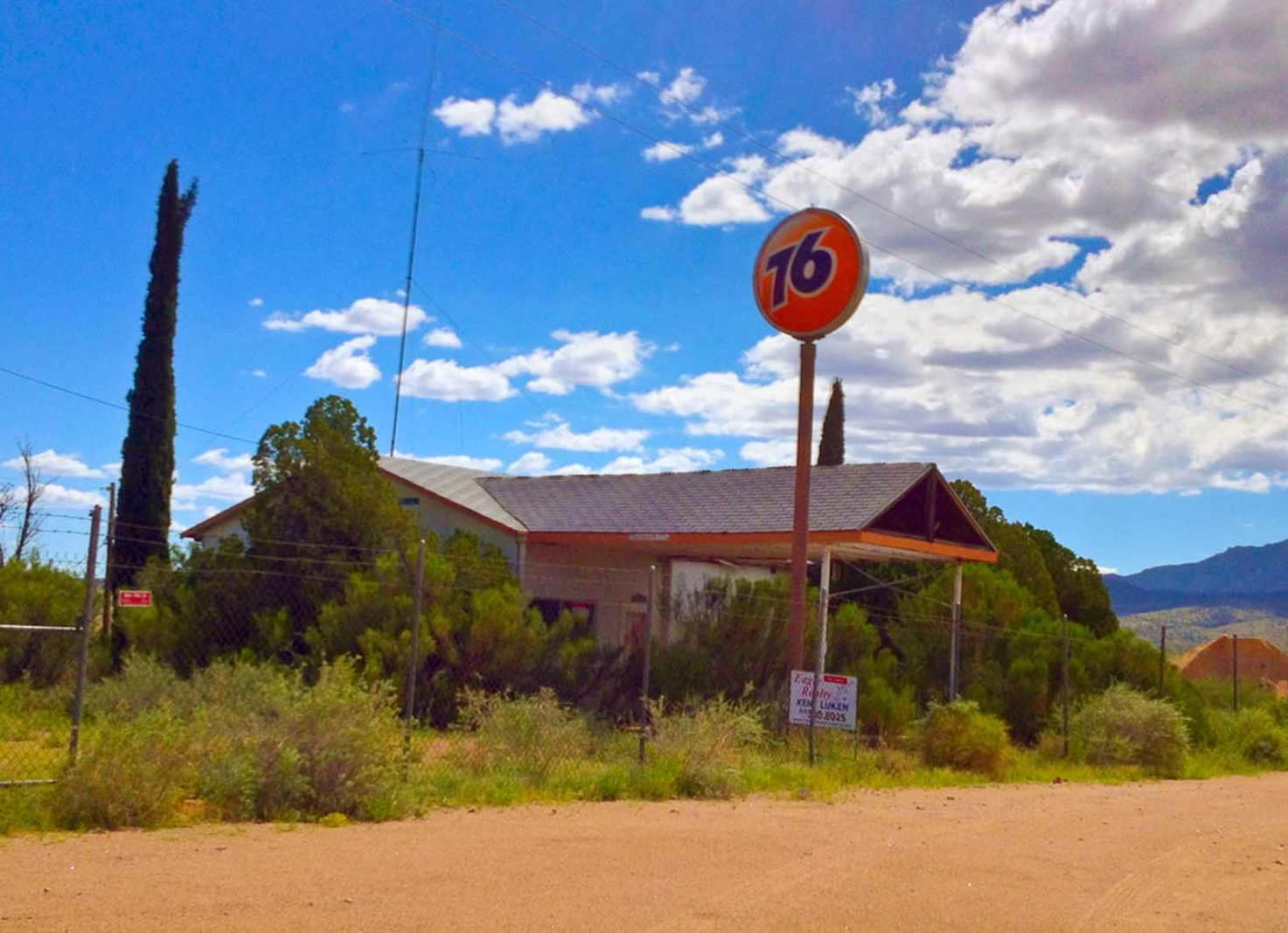 abandoned gas station route 66