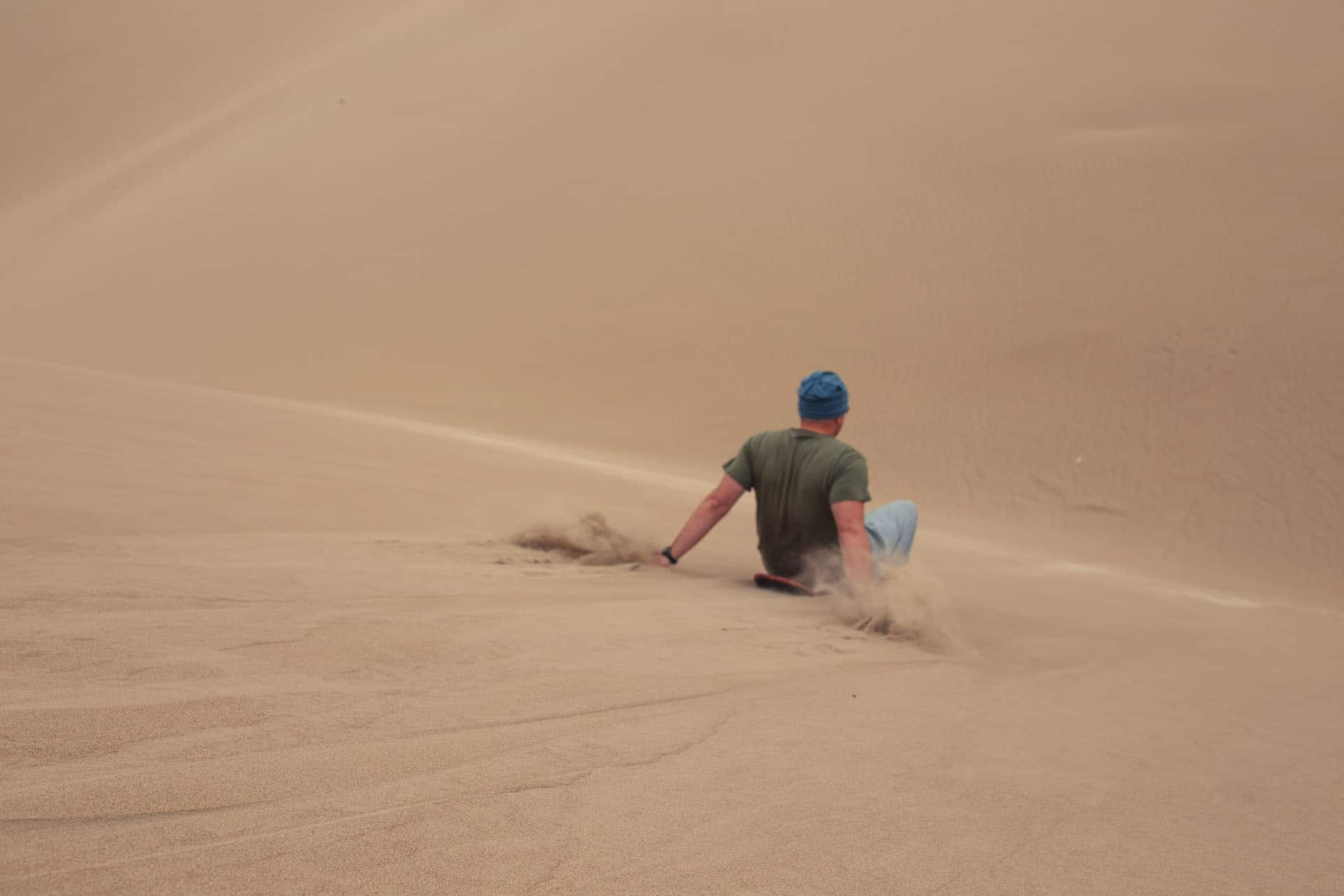 sandboarding in paracas peru