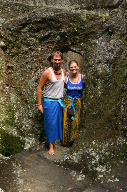 Weare a sarong as a akirt for Temples