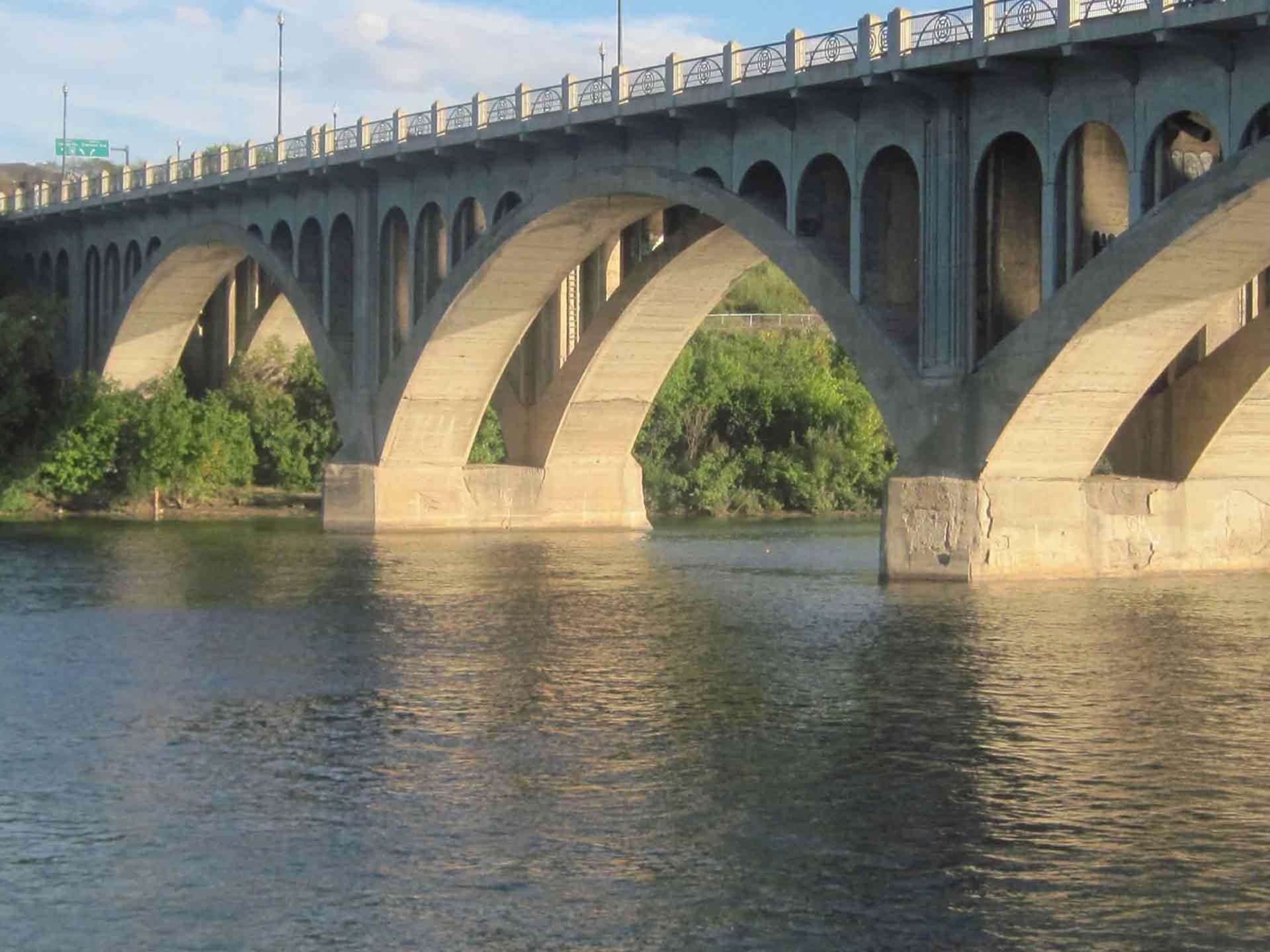 things to do in saskatoon bridge