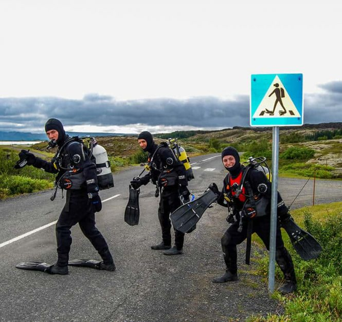 diving in iceland silfra crossing sign